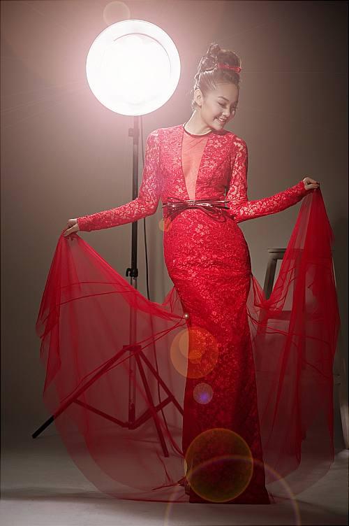 bộ sưu tập những hình ảnh đẹp của ca sĩ Minh Hằng