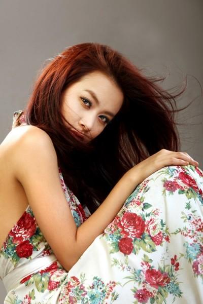 Hình đẹp Hoàng Thùy Linh