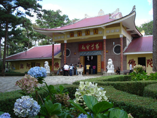 Hình ảnh đẹp về chùa Thiên Vương Cổ Sát Lâm Đồng