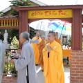 Chùa Thiên Trúc là một ngôi chùa nổi tiếng tọa lạc tại quận 7 TP Hồ Chí Minh. Đây là một ngôi chùa có kiến trúc đẹp là điểm đến của rất nhiều tăng ni phật tử đến tham quan chiêm bái. Ngôi chùa có nhiều hoạt động từ thiện tích cực phục vụ cộng đồng. Cùng hình đẹp chiêm ngưỡng một vài hình ảnh đẹp về chùa Thiên Trúc nhé!
