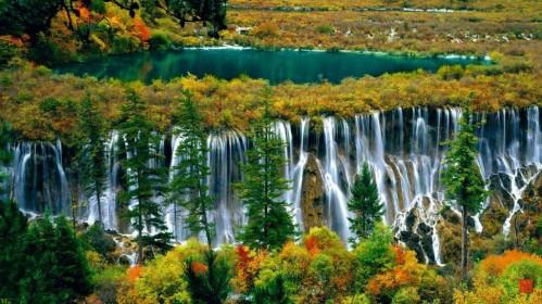 Thác nước Nuorilang Waterfalls, một thắng cảnh đẹp tại Trung Quốc