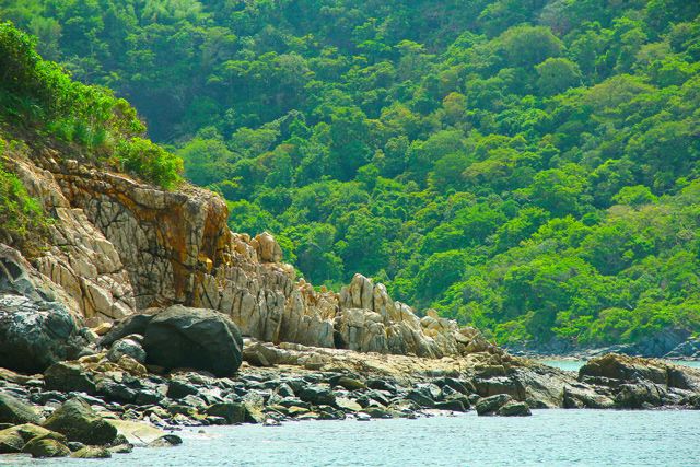 Cảnh sắc lung linh kỳ vỹ của Côn Đảo làm say lòng khách du lịch