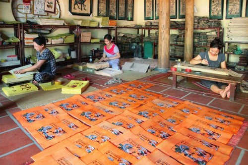 Làng tranh Đông Hồ Bắc Ninh nét văn hóa dân gian đặc sắc