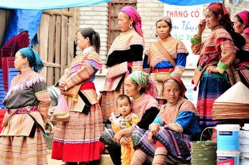 Chợ vùng cao Lùng Khẩu Nhìn Sa Pa Lào Cai