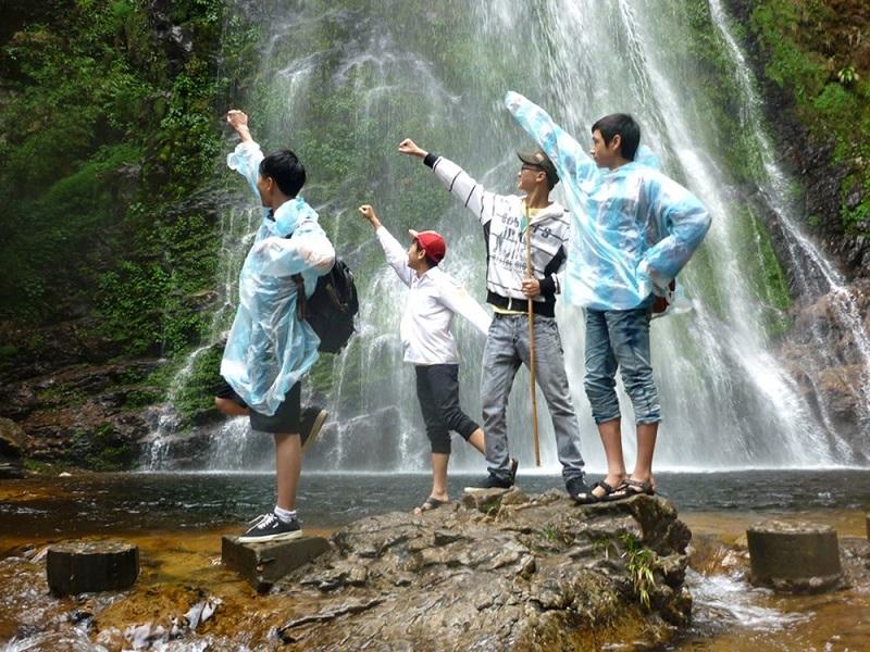 Thác Tình Yêu Sa Pa làm say lòng khách du lịch